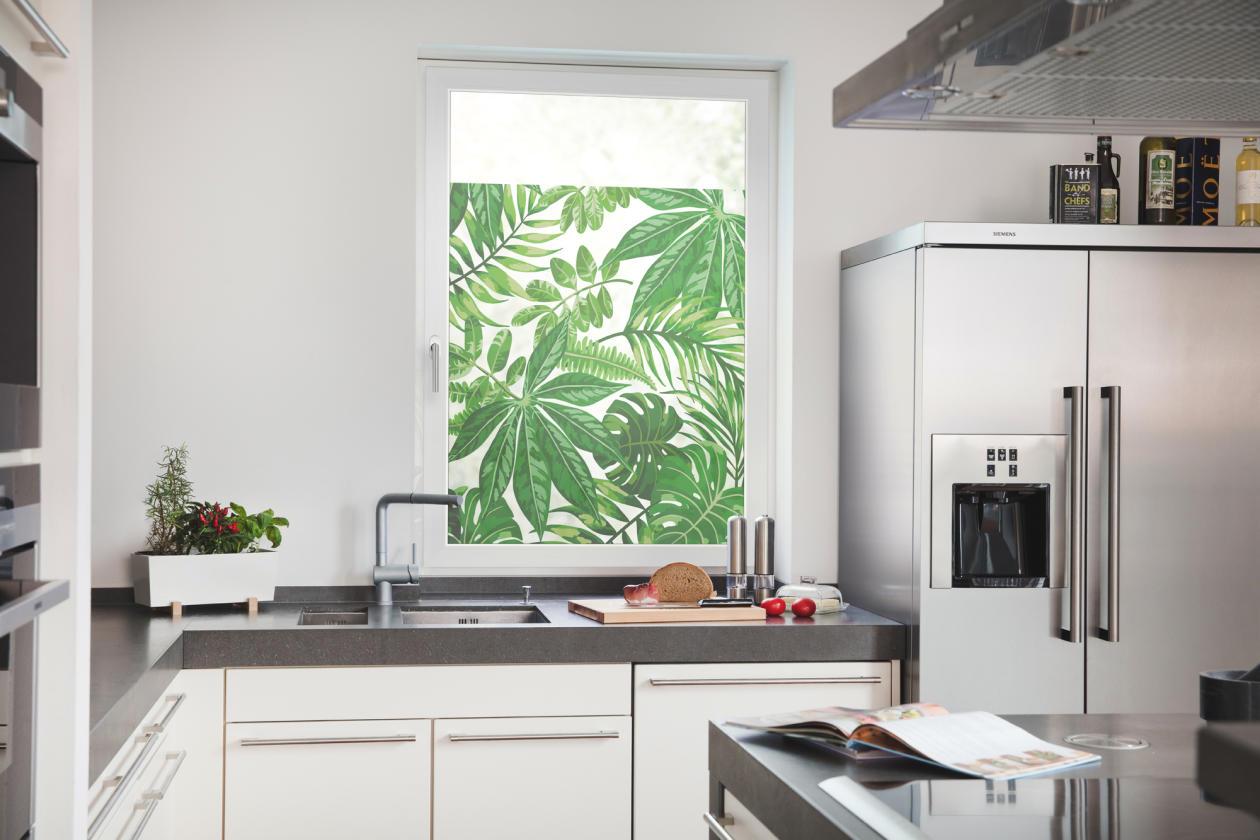 fensterfolie selbstklebend sichtschutz bl tter gr n lichblick shop. Black Bedroom Furniture Sets. Home Design Ideas