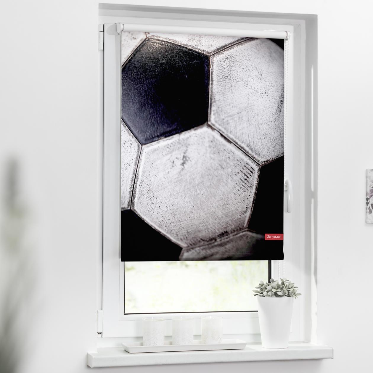 verdunkelungsrollo klemmfix ohne bohren retro fu ball schwarz wei lichblick shop. Black Bedroom Furniture Sets. Home Design Ideas