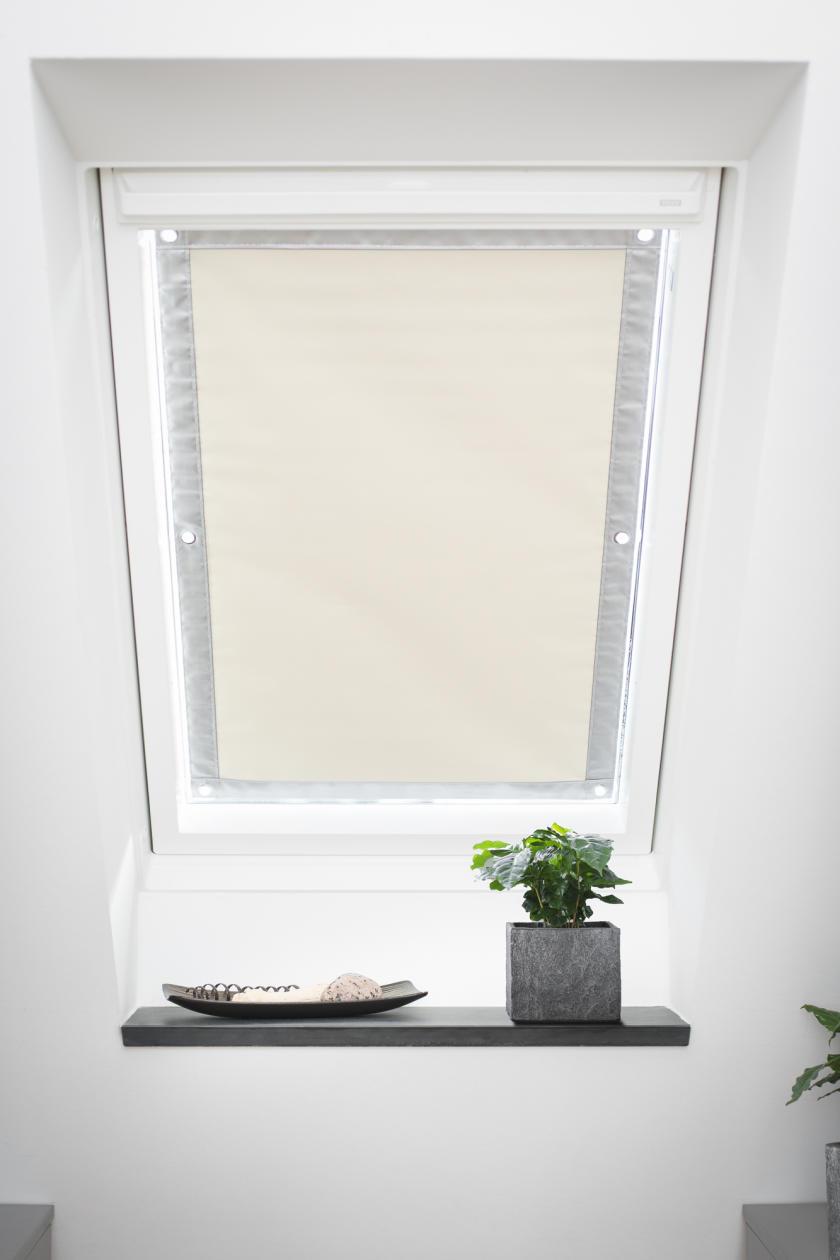 dachfenster sonnenschutz haftfix ohne bohren. Black Bedroom Furniture Sets. Home Design Ideas