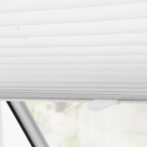 dachfenster plissee haftfix ohne bohren lichblick shop. Black Bedroom Furniture Sets. Home Design Ideas